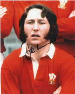 J.P.R Williams, Rugby, Genuine Signed Autograph (03)